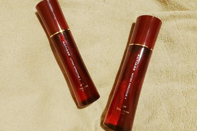 化粧水と美容液の画像